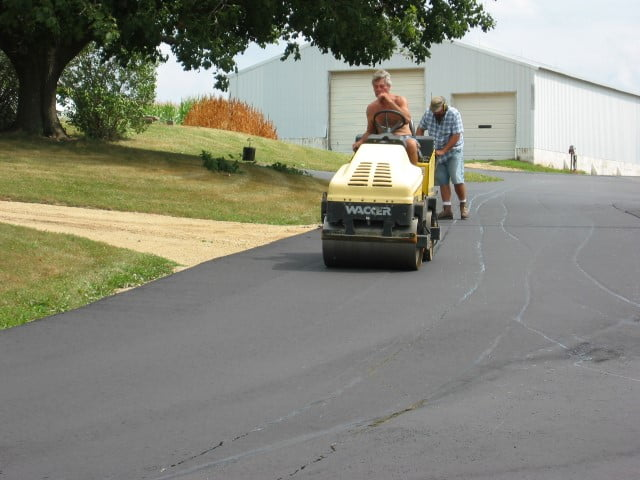 asphalt paving in verona wi