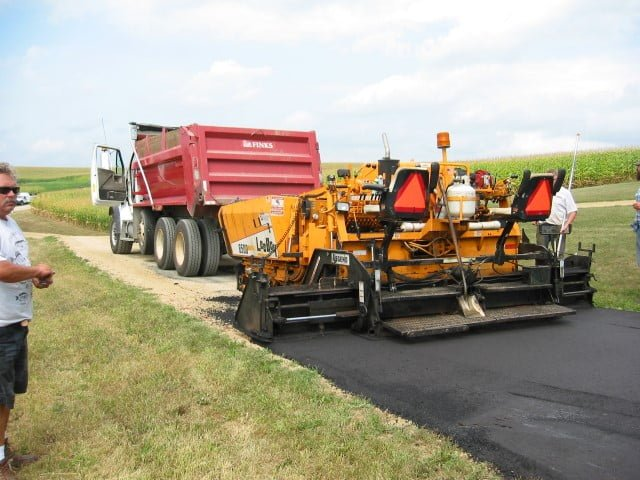 New Glarus Gravel and Asphalt Driveways